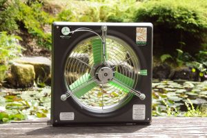 12 inch solar powered greenhouse circulating fan
